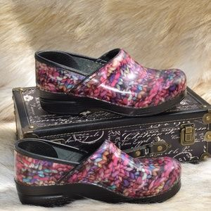 Dansko Clog Colorful Yarn Pattern Comfort Shoes
